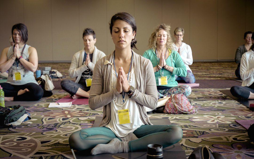 Come trovare la scuola yoga per te